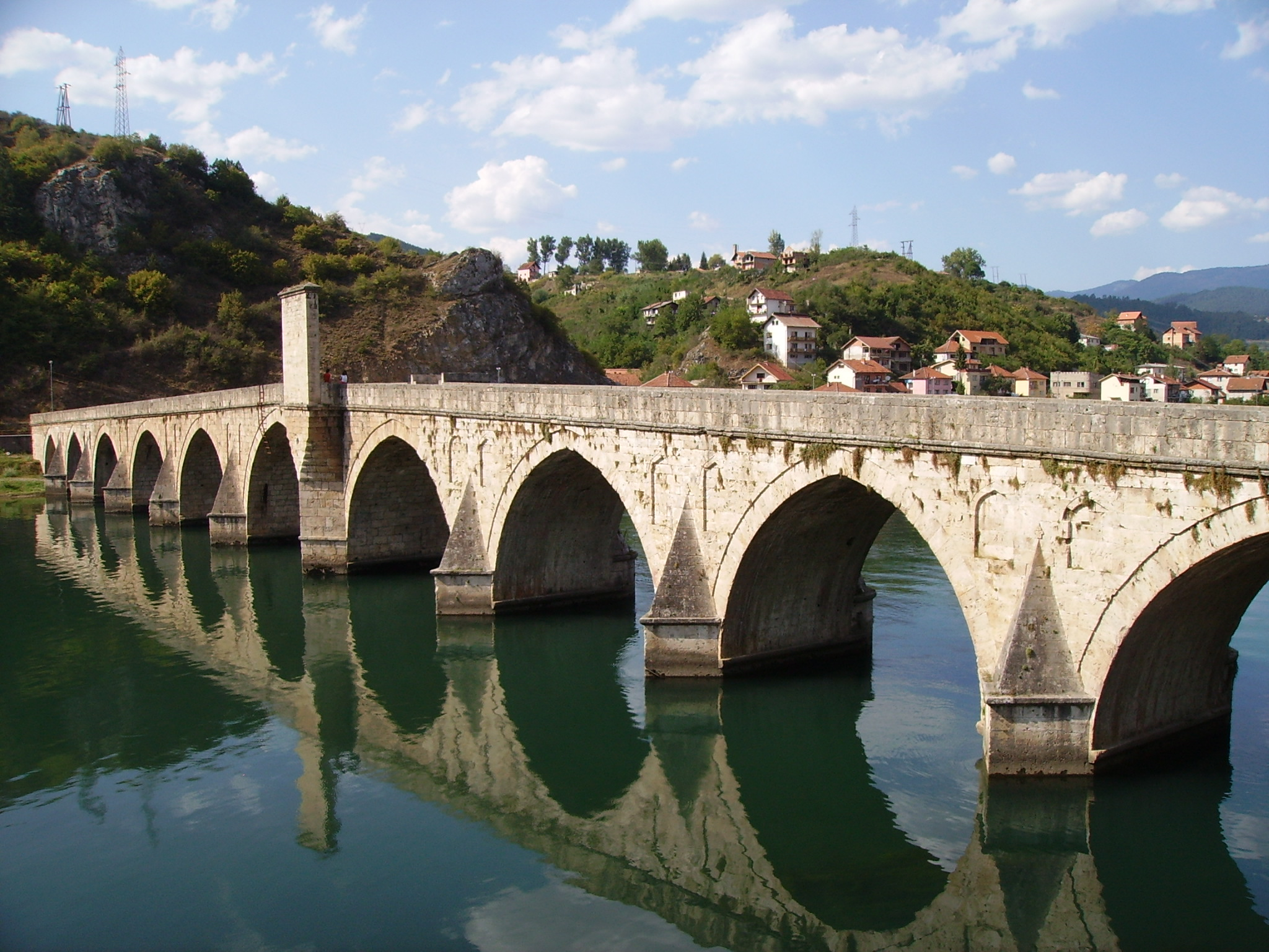 Bridge over Drina River in Višegrad, BiH. (GNU Free Documentation License)