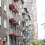 11. Un quartier d'appartements empilés.